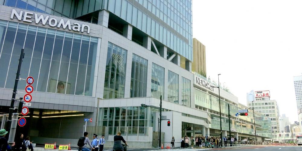 バスタ新宿に隣接するNEWoMan(ニュウマン)新宿で暇つぶし