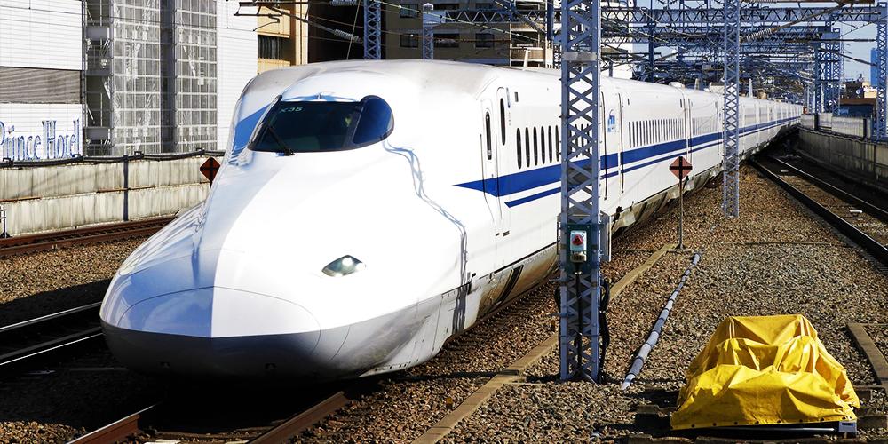 高速バス・新幹線・車を所要時間で時間で比較すると、新幹線の勝ち!