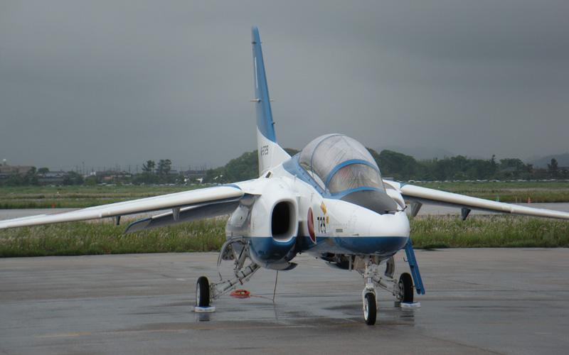 ブルーインパルスの展示飛行は中止