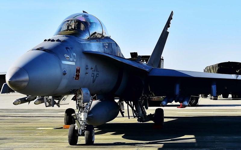 F/A-18 スーパーホーネット