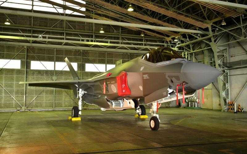 圧倒的な存在感のF-35A