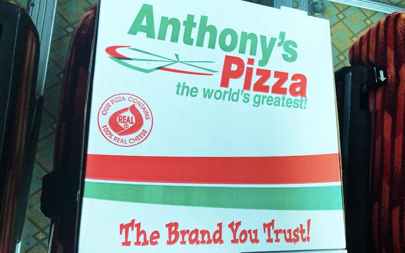 アンソニーのピザをGET!