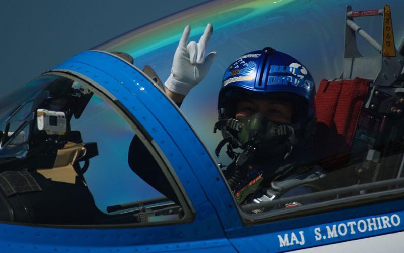 手を振って応えてくれたパイロット